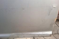 Дверь с трещинами
