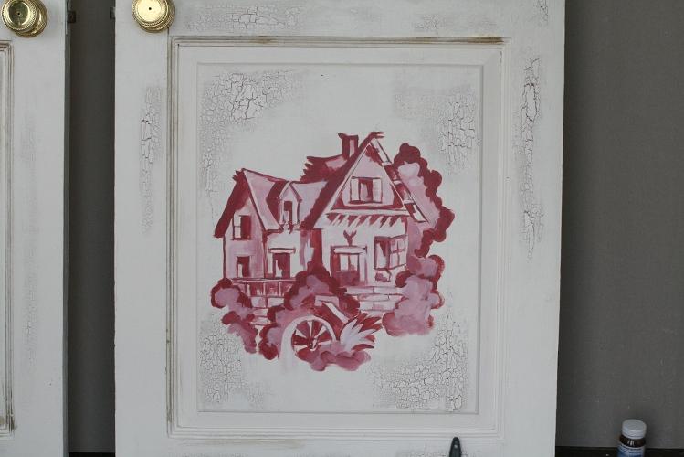 Старые межкомнатные двери с рисунком