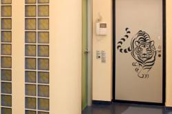Как покрасить старые двери межкомнатные