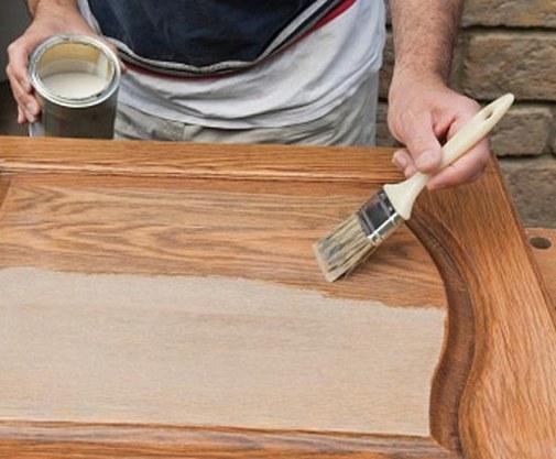 Как правильно покрасить межкомнатную дверь своими руками