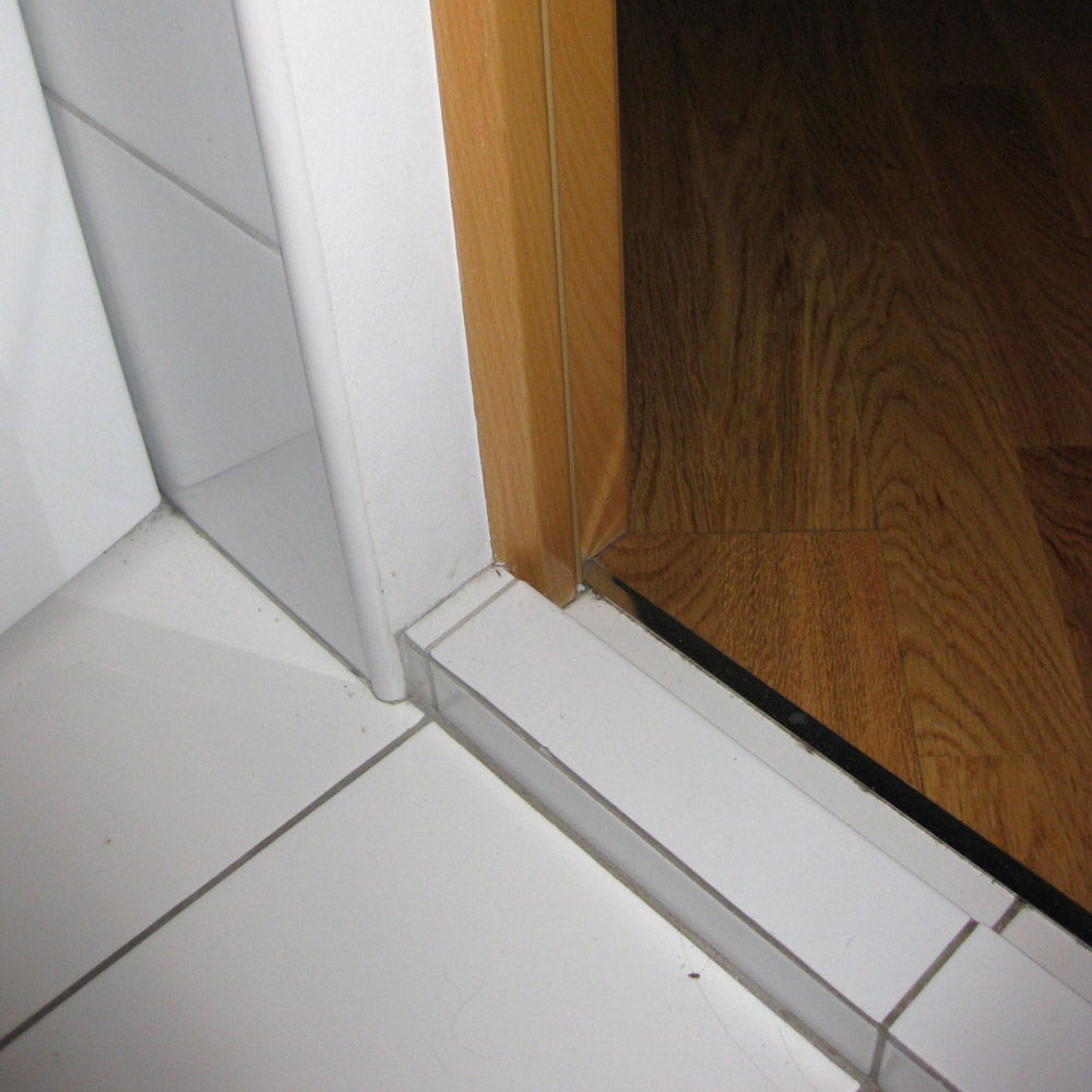 Установить дверной проем своими руками